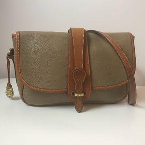 Vintage Dooney & Bourke Crossbody shoulder bag